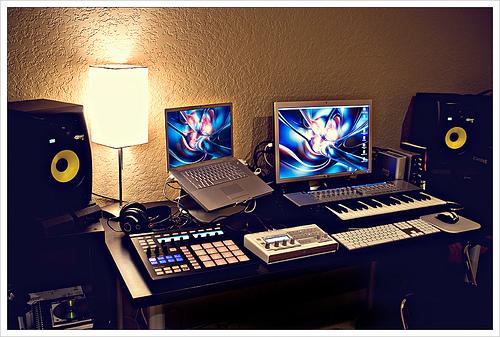 DTM-desk